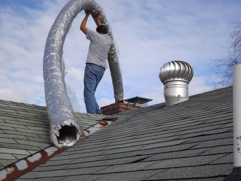 Монтаж дымохода и утепление негорючими материалами