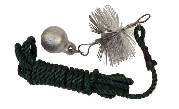 Ёрш для чистки дымохода на верёвке с гибкой проволокой